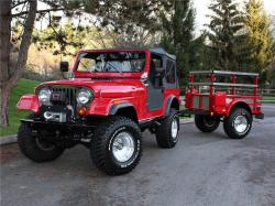 JEEP CJ 7 red