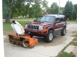 JEEP COMMANDER red