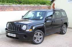 JEEP PATRIOT 2.0 CRD red