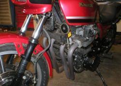 KAWASAKI 1100 red