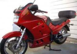 KAWASAKI CONCOURS red