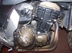 KAWASAKI Z750 engine