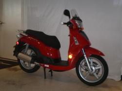 KYMCO PEOPLE red