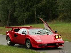 LAMBORGHINI COUNTACH 5000 brown