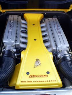 LAMBORGHINI DIABLO engine