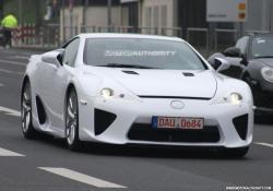 LEXUS LF-A white