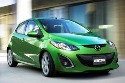 MAZDA 2 green