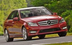 MERCEDES-BENZ C-CLASS red