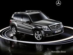 MERCEDES-BENZ GLK black