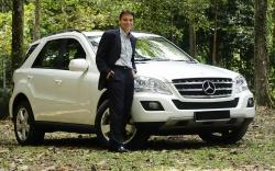 MERCEDES-BENZ ML white