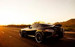MERCEDES-BENZ SLR black