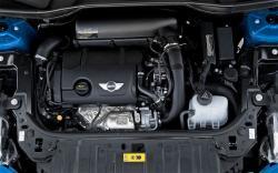 MINI COUNTRYMAN engine