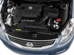 NISSAN ALTIMA engine
