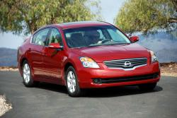 NISSAN ALTIMA red