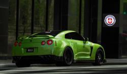 NISSAN GT-R green