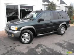 NISSAN PATHFINDER green