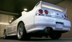 NISSAN R33 white