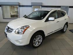 NISSAN ROGUE AWD white