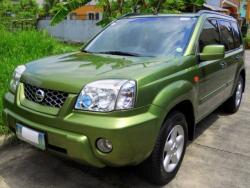 NISSAN X-TRAIL green