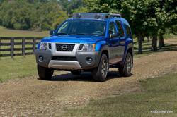 NISSAN XTERRA 4X4 blue