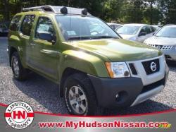 NISSAN XTERRA 4X4 green