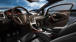 OPEL ASTRA GTC interior