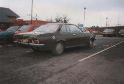OPEL REKORD 1.9 engine