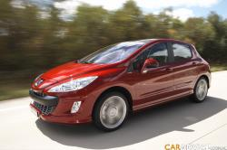 PEUGEOT 207 red
