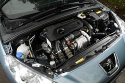 PEUGEOT 308 engine