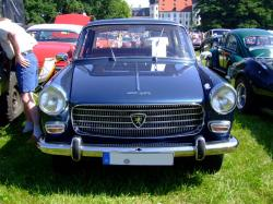 PEUGEOT 404 silver