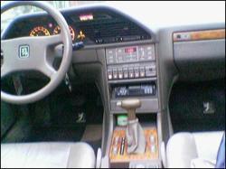 PEUGEOT 605 interior