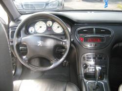 PEUGEOT 607 interior