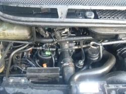 PEUGEOT 807 2.2 HDI engine