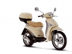 PIAGGIO LIBERTY red