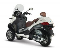 PIAGGIO MP3 brown