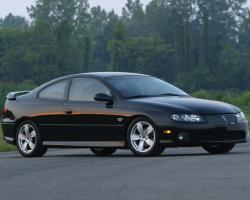 PONTIAC GTO 5.7 green