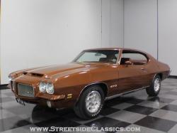 PONTIAC GTO brown