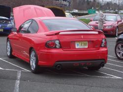 PONTIAC GTO red