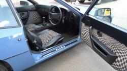 PORSCHE 924 interior