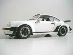 PORSCHE 930 TURBO white