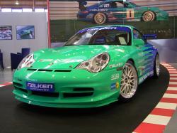 PORSCHE 996 green