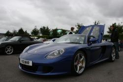PORSCHE CARRERA GT blue