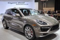 Porsche Cayenne by sainaniritu