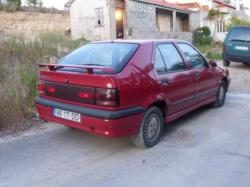 RENAULT 19 1.4 red