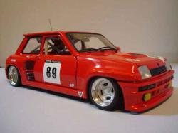 RENAULT 5 red