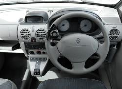 RENAULT 6 silver