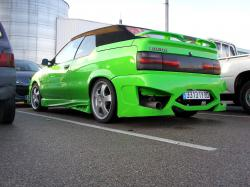 RENAULT 9 green