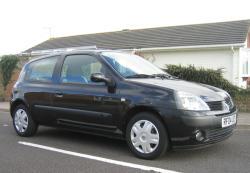 RENAULT CLIO black