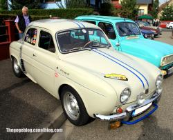 RENAULT DAUPHINE silver
