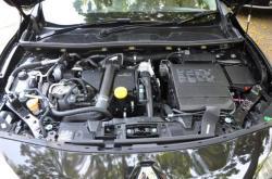 RENAULT FLUENCE engine